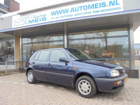 Volkswagen Golf - 1.8 90pk GL