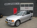 BMW 3-serie - 320i Executive AUTOMAAT