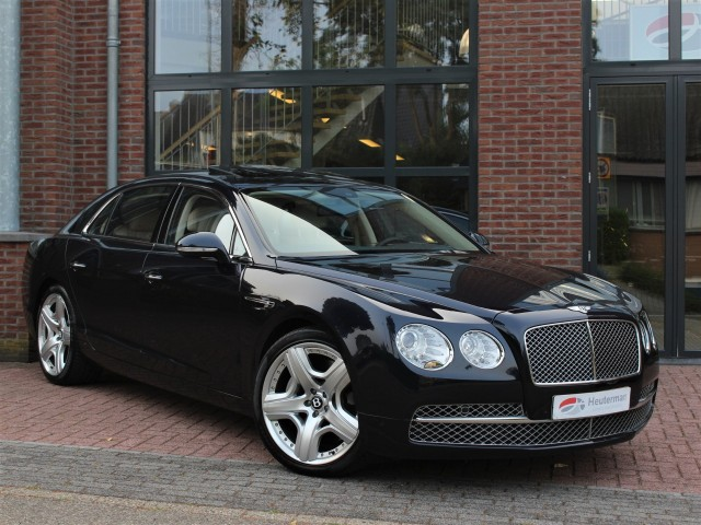 BENTLEY FLYING SPUR 6.0 626pk Aut. Schuifdak/ Massage/ Topstaat/ NL Heuterman Auto's B.V, Oosterbeek