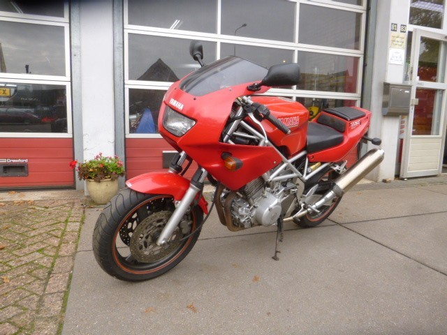 YAMAHA TRX 850  Garage Herweijer, 6733 AD WEKEROM