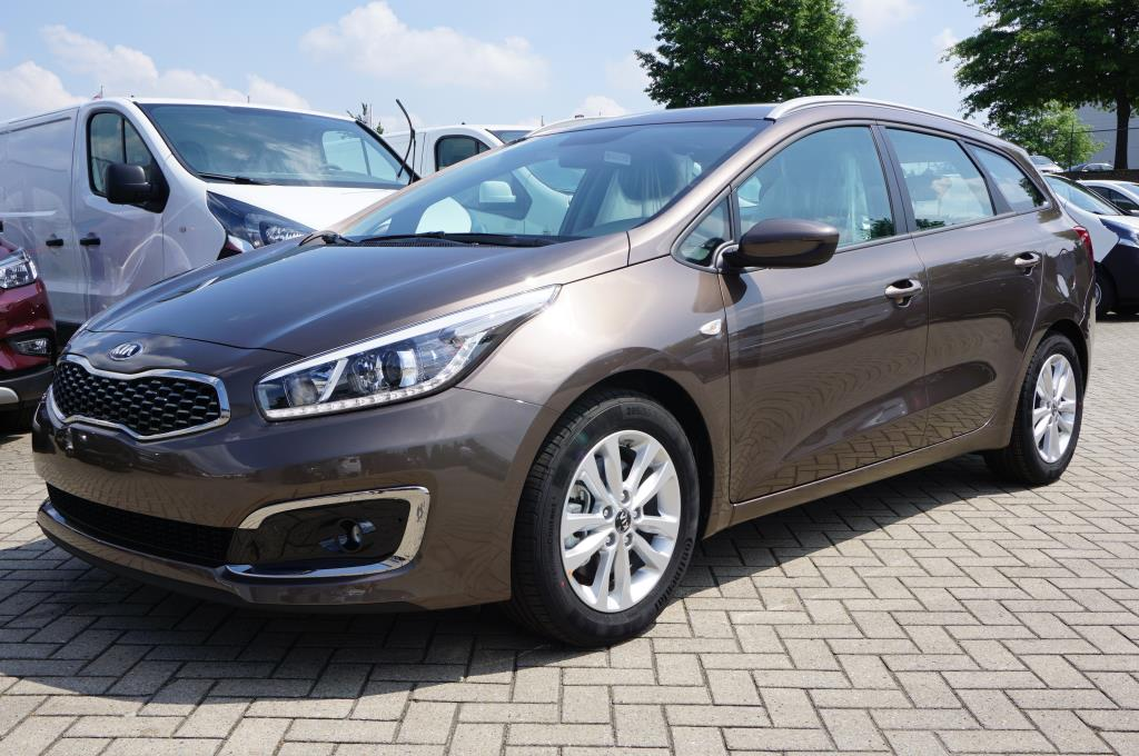 KIA CEED Cee'd Sportswagon 1.0 T-GDI 120PS Dream-Team Edition Klima Navi Autosoft BV, Enschede