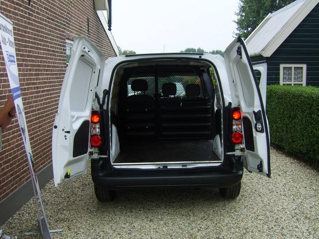 PEUGEOT PARTNER (SHORT)LEASE: LEASEN MET OPTIMALE FLEXIBILITEIT! V.A. 399,- PM Bronkhorst Auto's en Motoren, 4112 NE Beusichem