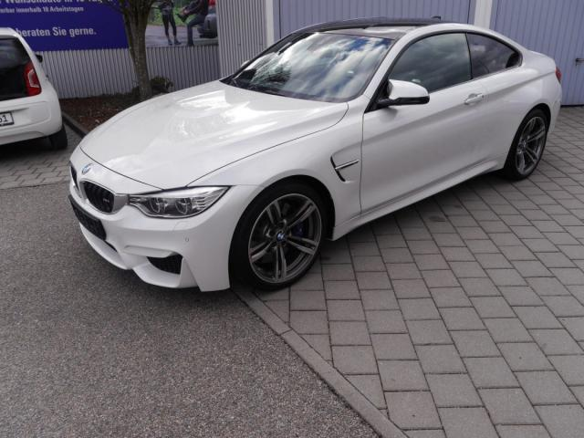 BMW M4 Coupe DKG * LEDER 19 ZOLL HEAD-UP DISPLAY ... Autosoft BV, Enschede