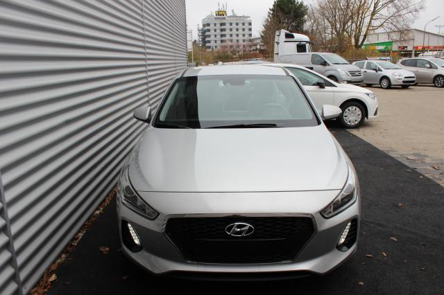 HYUNDAI I30 Comfort 1.0 T-GDI 120 PS, Navigationssyst... DM Leasing GbR, D-86154 Augsburg