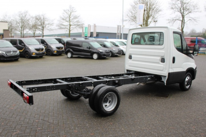 IVECO DAILY 35C14 2.3 375 cm Airco, 375 cm wielbasis EDW Autolease VOF, Kloetinge
