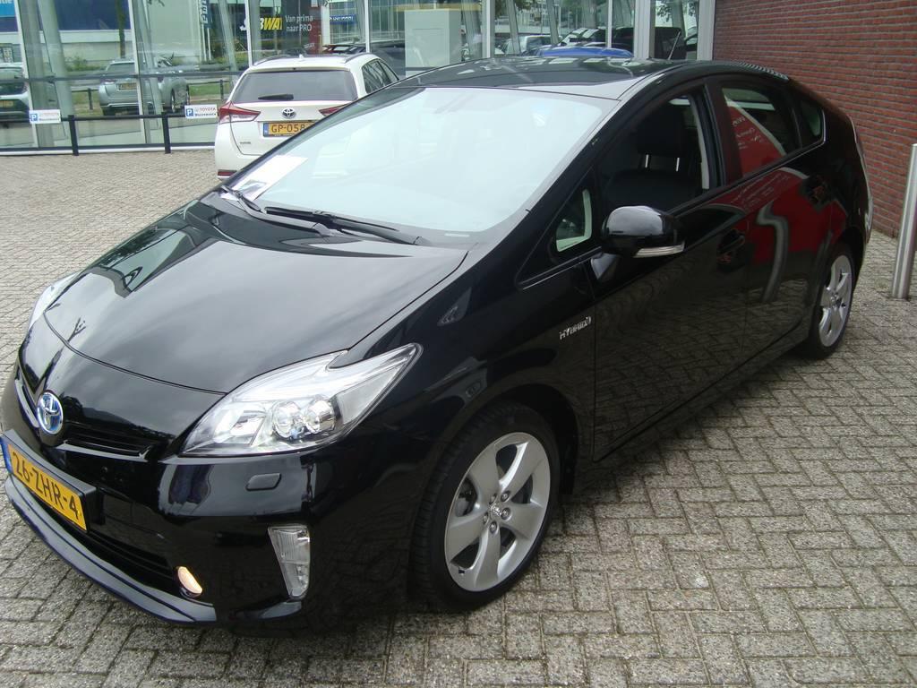 TOYOTA PRIUS 1.8 HSD Dynamic Business/navi/aut./Luxe Toyota Wagemaker, 7324 AZ Apeldoorn
