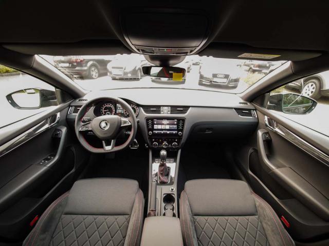 SKODA OCTAVIA Combi RS 2.0 TDI 135kW (184 PS) DSG [7] Take-your-car GmbH, D-21244 Buchholz