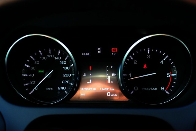 LAND ROVER DISCOVERY SPORT 2.0 eD4 E-Capability + Leder + Navi + Lmv - 2016 Car-Business, 4941 SE Raamsdonksveer