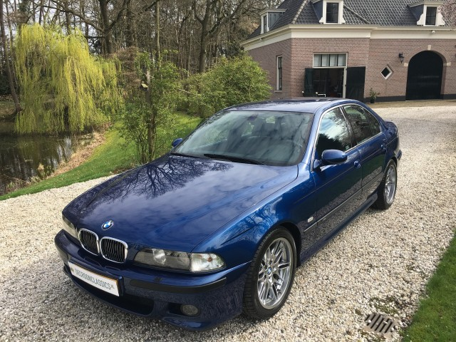 BMW M5 E39 5.0 V8 400pk 6-bak 65.000km Origineel #NEW De Croon Classics & More, 7391al TWELLO