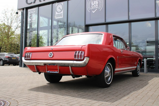 FORD MUSTANG Coupe 4.7 V8 Automaat Liberty Cars BV, 6301 PM Valkenburg a/d Geul