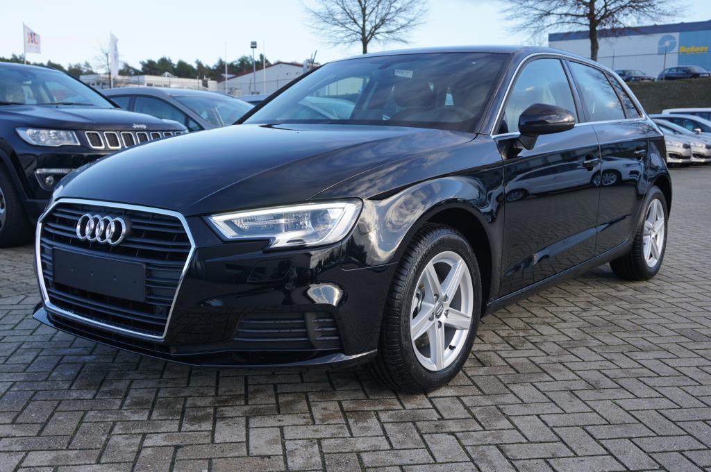 AUDI A3 Sportback 1.5 TFSI 150PS S-Tronic 16-LM Klimaautomatik Navi Xeno Autosoft BV, Enschede