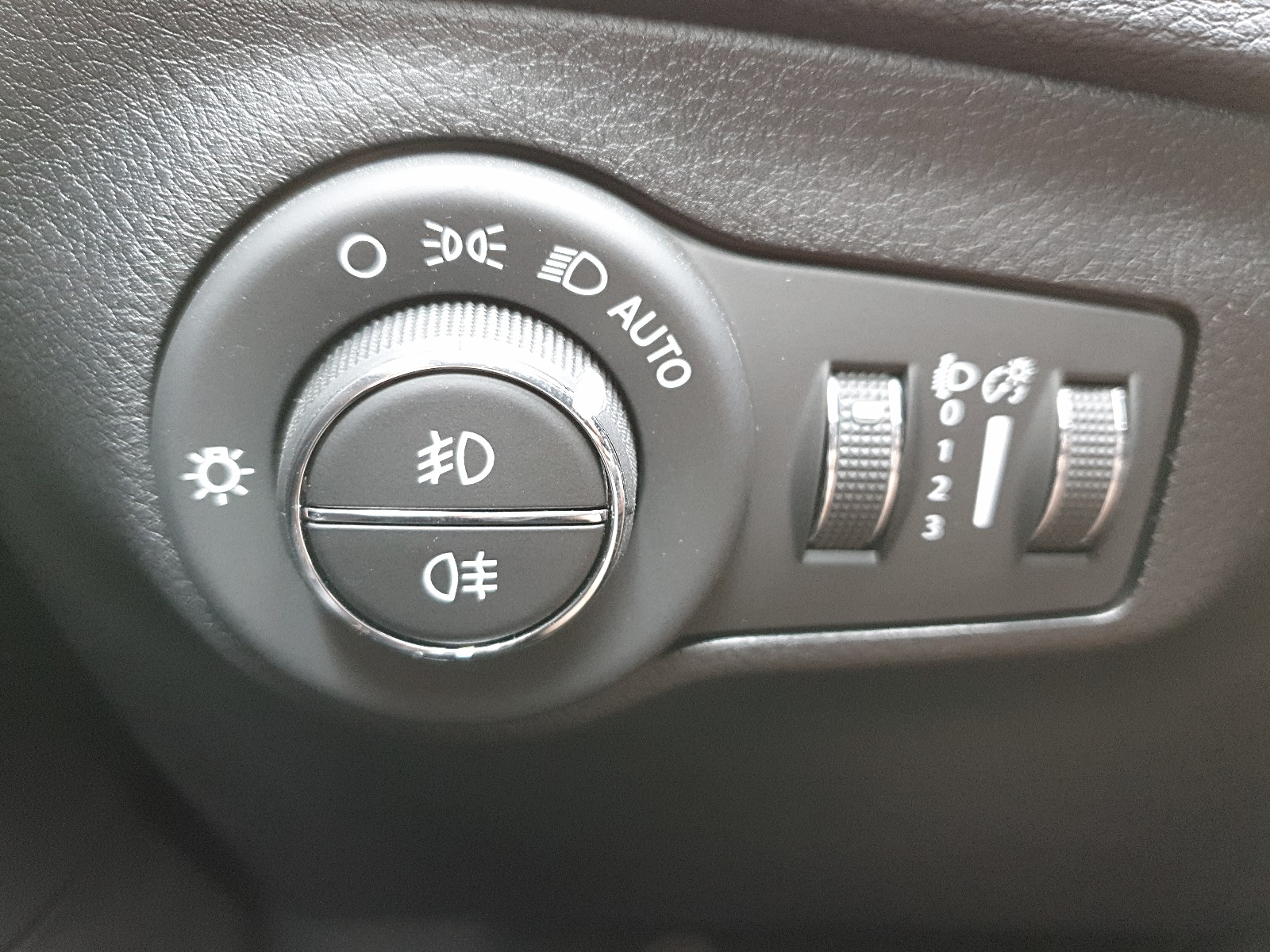 JEEP COMPASS 1.4 170PS 4x4 Automatik Limited Voll-Leder Klimaautomatik Rückf. Viscaal Fahrzeuggrosshandel GmbH, D-49847 Itterbeck