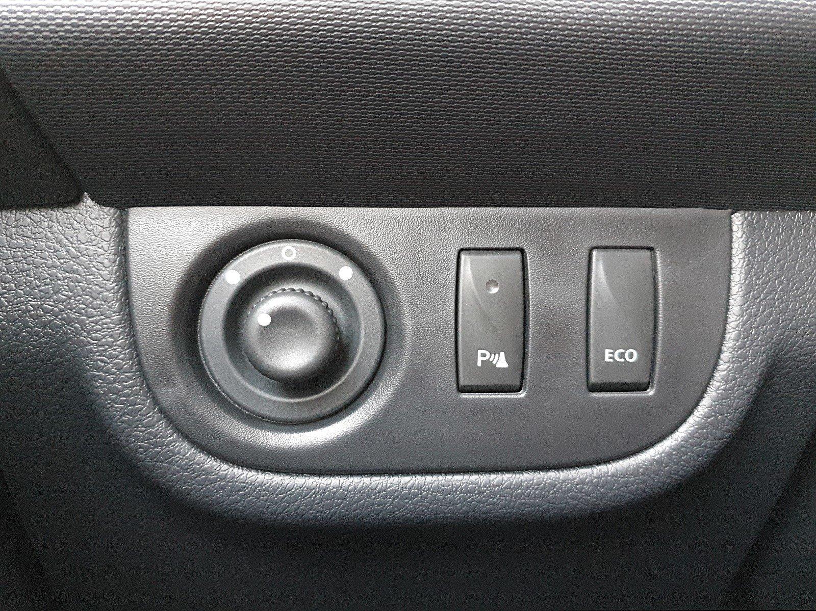 DACIA SANDERO Stepway 0.9 TCE 90PS Prestige Klimaautomatik Navi PDC DAB Viscaal Fahrzeuggrosshandel GmbH, D-49847 Itterbeck