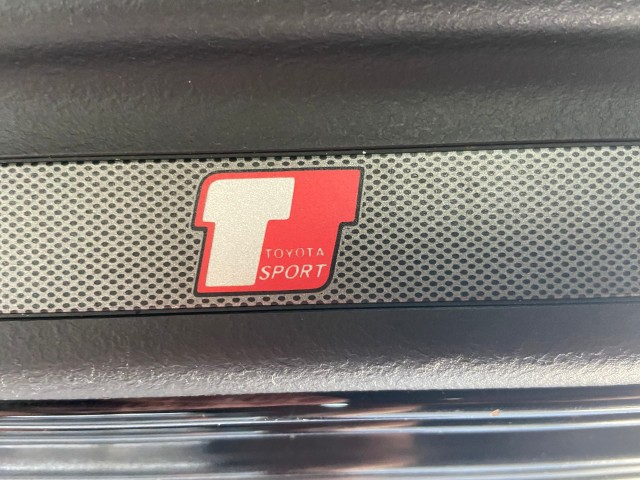 TOYOTA YARIS T Sport 1.5 106 pk ! facelift model Carcenter Veldhoven, 5502 JB Veldhoven