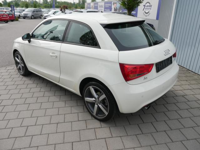 SKODA SUPERB Combi 2.0 TSI DSG 4x4 L&K * PANORAMA-S... Auto Seubert GmbH, 94315 Straubing
