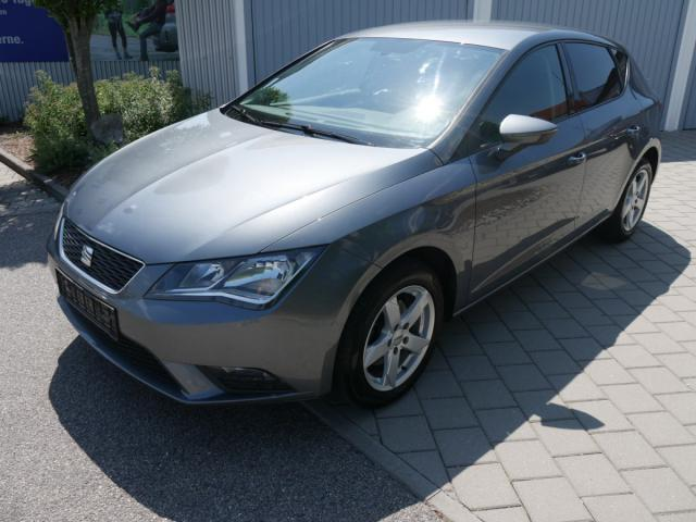 SEAT LEON 2.0 TDI DPF STYLE * PARKTRONIC TEMPOMAT ... Autosoft BV, Enschede