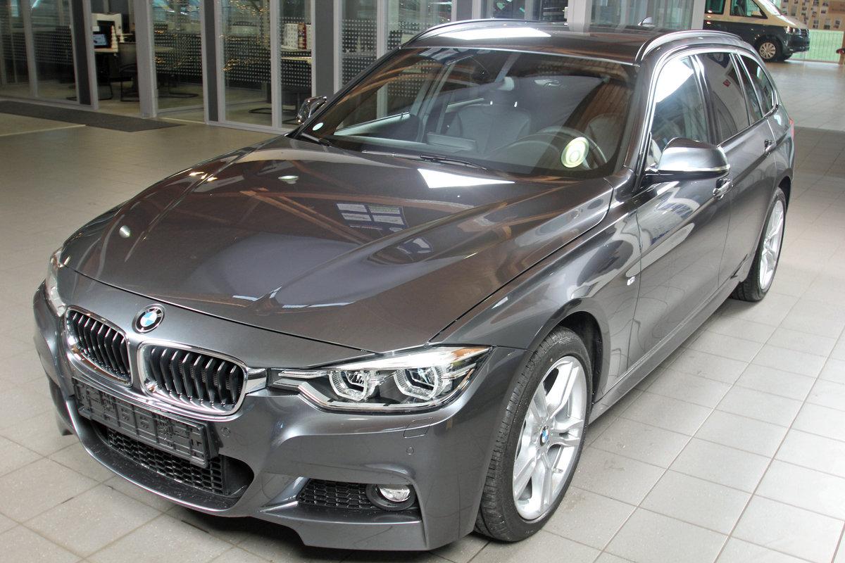 BMW 3-SERIE 320i xDrive Touring M Sport Shadow, Leder, Navi Prof, LED, sofor Autosoft BV, Enschede