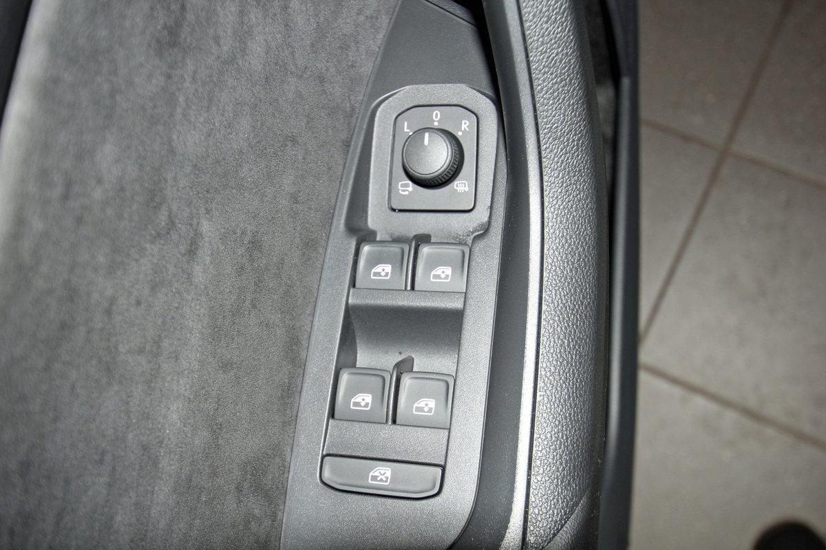 SKODA KODIAQ 2.0 TDI 4x4 DSG Sportline, AHK, Kamera, DAB, Navi, sofort Auto Niedermayer B2B, D-94362 Neukirchen