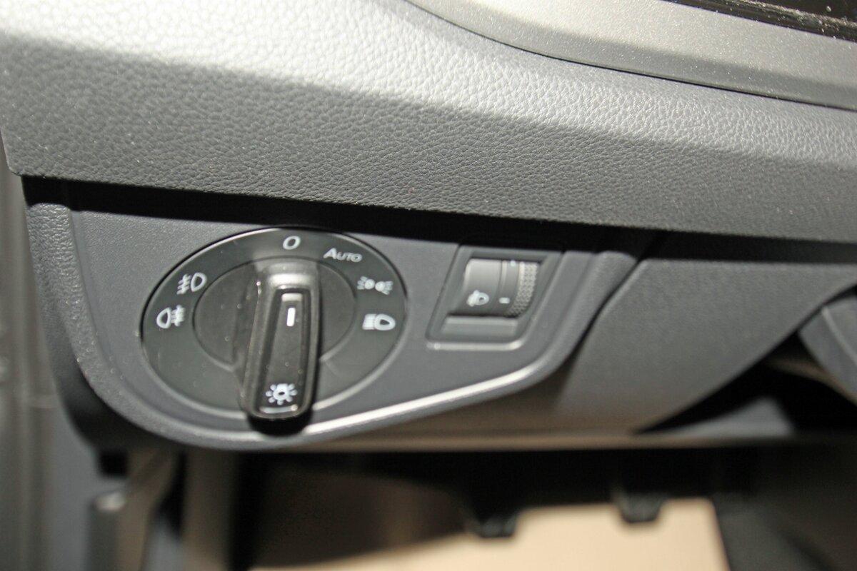VOLKSWAGEN POLO 1.0 TSI Comfortline, Kamera, Keyless, Sitzheizung, Composition M Auto Niedermayer B2B, D-94362 Neukirchen