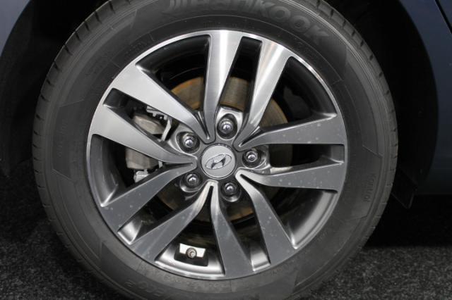 HYUNDAI I30 STYLE KLIMAAUTOMATIK TEMPOMAT PDC SMART S... Autowelt Simon KG, D-82275 Emmering (bei München)