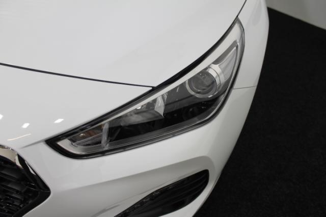 HYUNDAI I30 Kombi TREND KLIMA TEMPOMAT RADIO AEB DAA ... Autowelt Simon KG, D-82275 Emmering (bei München)