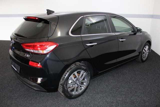 HYUNDAI I30 Premium FULL LED KLIMAAUTOMATIK SHZ SMART... Autowelt Simon KG, D-82275 Emmering (bei München)
