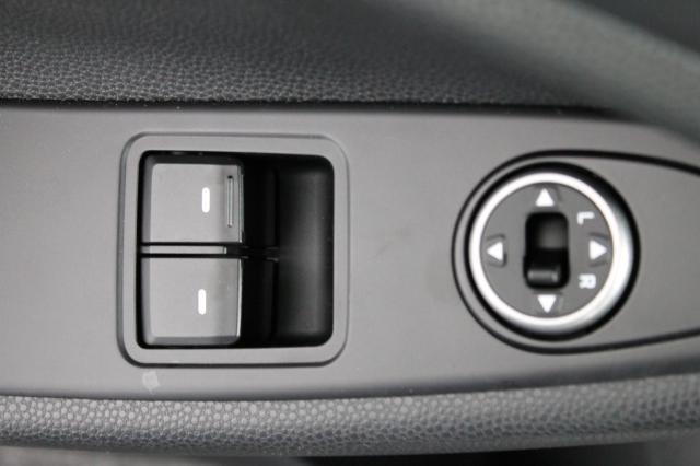 HYUNDAI I20 Design Edt. Schw. Dach 7`Display AC Bluet... Autowelt Simon KG, D-82275 Emmering (bei München)