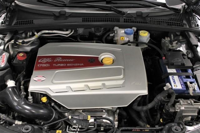 ALFA ROMEO 159 1750TBi DISTINCTIVE CRUISE CONTROL PDC Autobedrijf van der Zee, 3316 AP Dordrecht