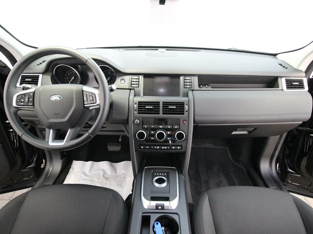 LAND ROVER DISCOVERY SPORT 2.0 TD4 Pure NAVI*KAMERA Autohaus Prox & Walter, D-19230 Hagenow