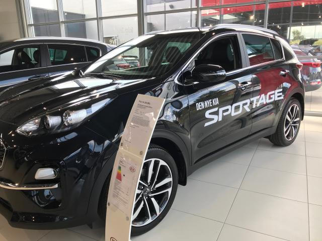 KIA SPORTAGE Intro Edition 1.6 CRDI 2WD 136PS 6M/... Røschke  Auto Trading Aps, DK-3200 Helsinge