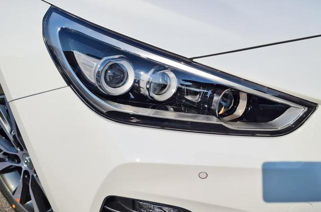 HYUNDAI I30 Kombi Limited Edition: SOFORT/ nur diese ... Autozentrum Matthes GmbH, D-51149 Köln