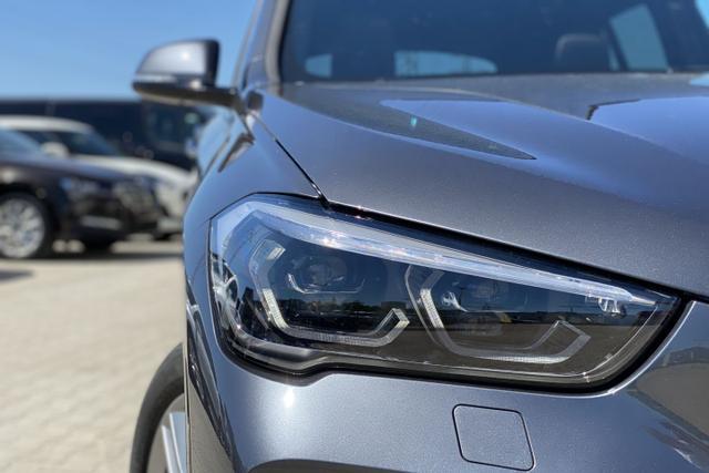 BMW X1 M-Sport: Panorama+ NAVI+ LEDER Sportsitze+... Autozentrum Matthes GmbH, D-51149 Köln