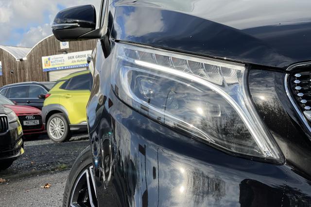 MERCEDES-BENZ V-KLASSE V 300 AMG-Line :ParkTronic+ AHK+ Totwinkel+ 3... Autozentrum Matthes GmbH, D-51149 Köln