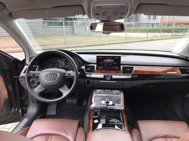 AUDI A8 executive City Campers, 7575 AT Oldenzaal