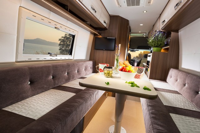 BRAVIA 699  Camper Occasion Online, 7575 AT Oldenzaal