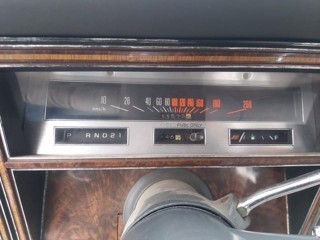 OLDSMOBILE DELTA-88  Autobedrijf van der Meer, 9073 GN Marrum